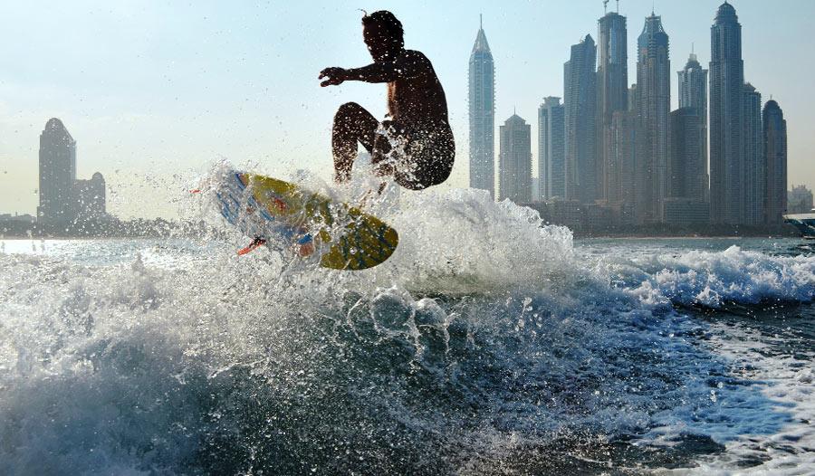 wakesurfing dubai marina