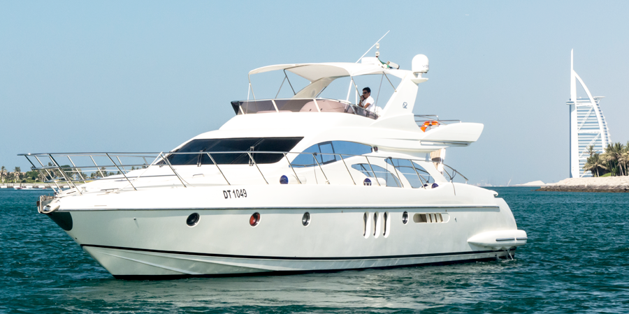 Rent yachts in Dubai
